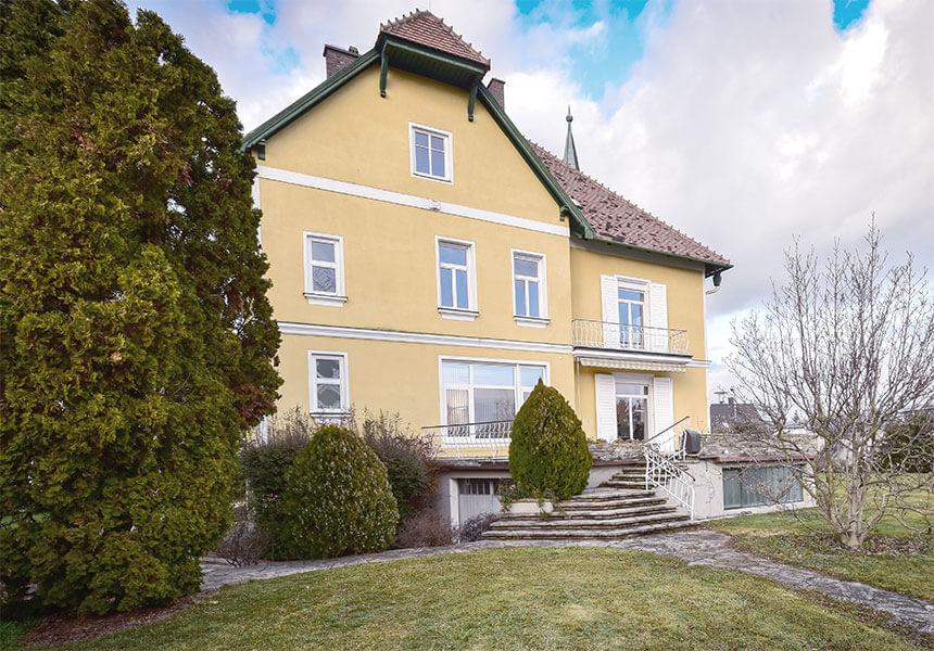 Bauwerk Herzogenburg Coworking und Büro mit Garten